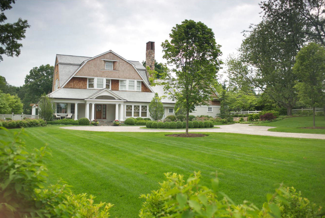 The LaurelRock Company - Residential Landscaping in CT - Green Farms - Front Yard Landscaping Detail