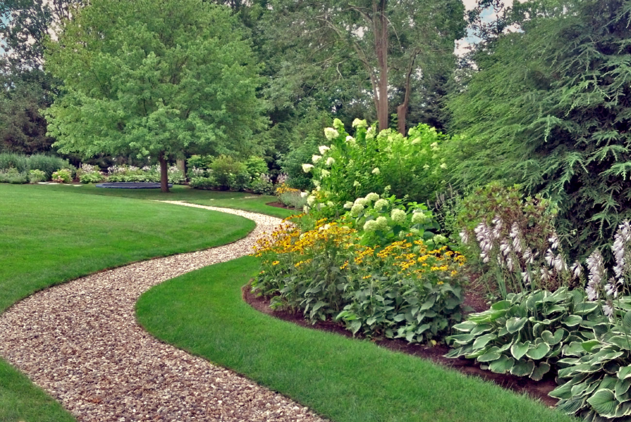 The LaurelRock Company - Residential Landscaping in CT - Green Farms - Pathway + Inground Trampoline