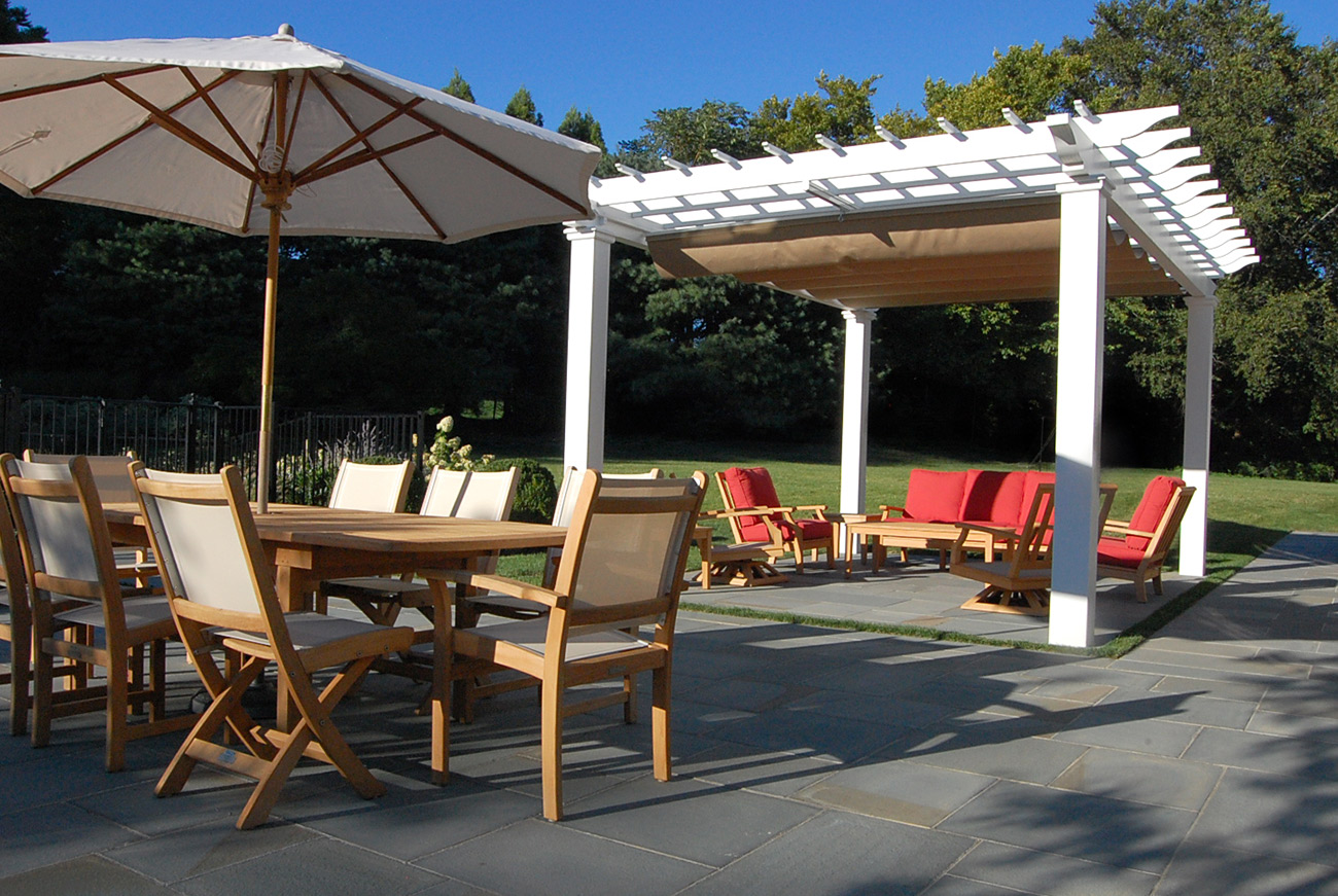 The LaurelRock Company - Residential Landscaping in CT - Sunset Ridge - Outdoor Dining